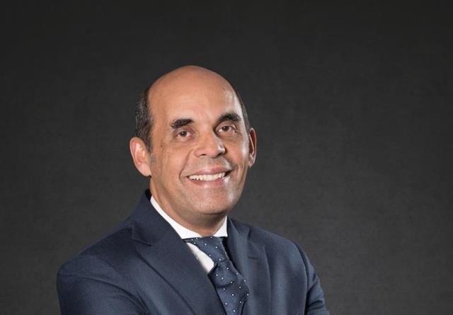 الأستاذ-طارق-فايد-رئيس-مجلس-الإدارة-والرئيس-التنفيذى-لبنك-القاهرة